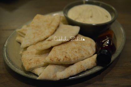 PERi-PERi Hummus & Pita
